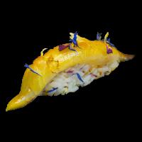 Sushi yellowtail marinato zafferano